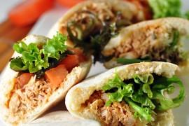 Pita-bread-with-Turkey-Leeks-and-Sour-Cream