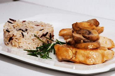 Chicken-with-Mushrooms-and-Wine